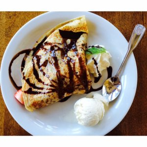 Alba Crepe from Crepevine, Photo Courtesy of Rose. L from Yelp